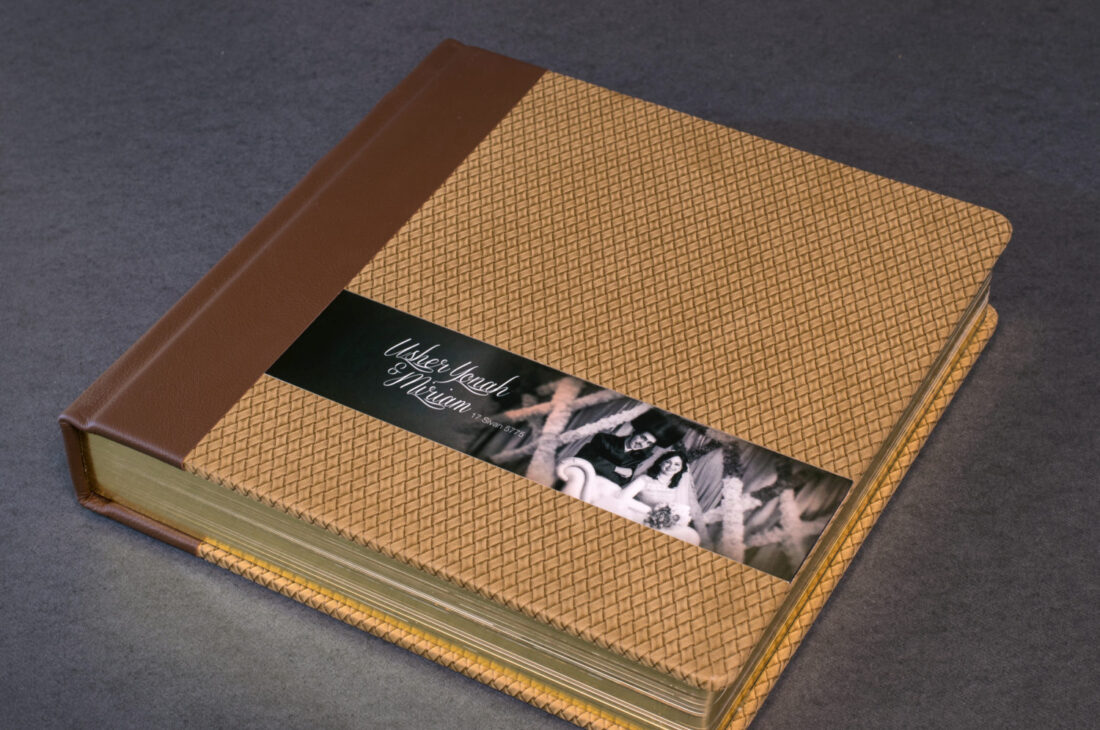 Split Tone Cover With Round Cornered Gold Gilded pages