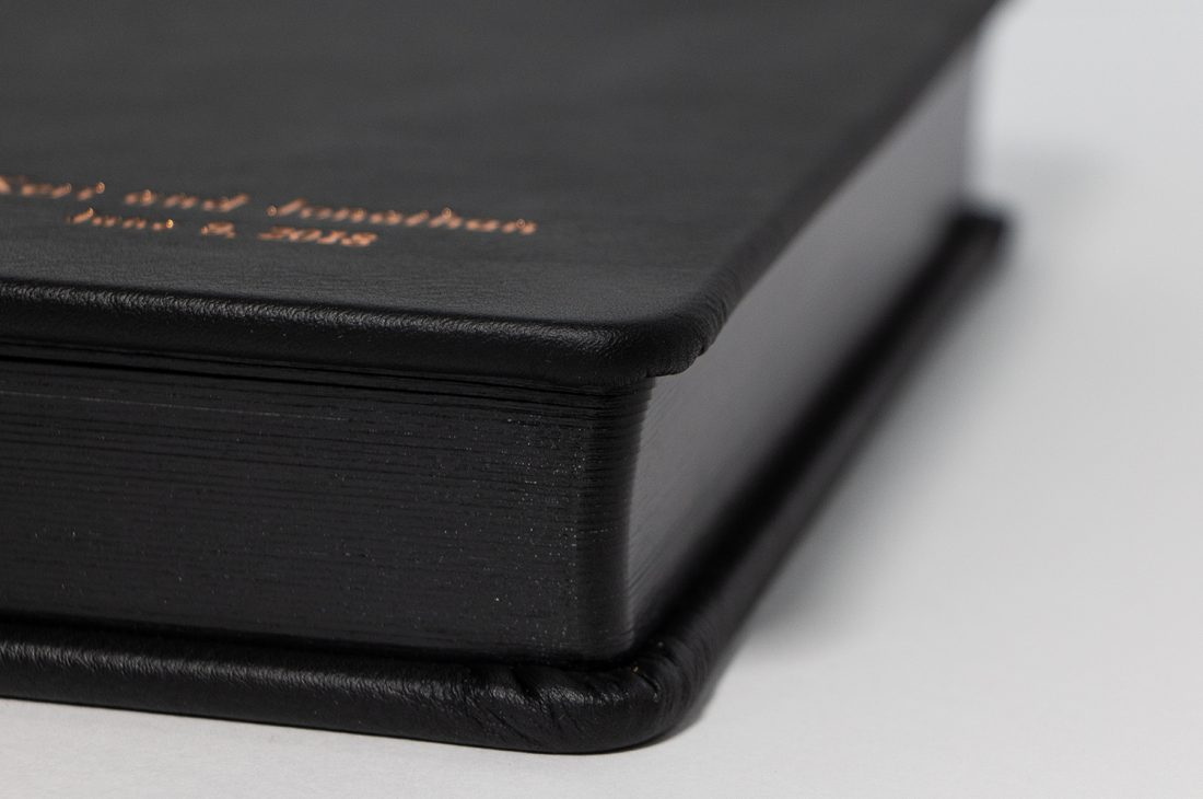 Round Cornered Pages With Black Gilding